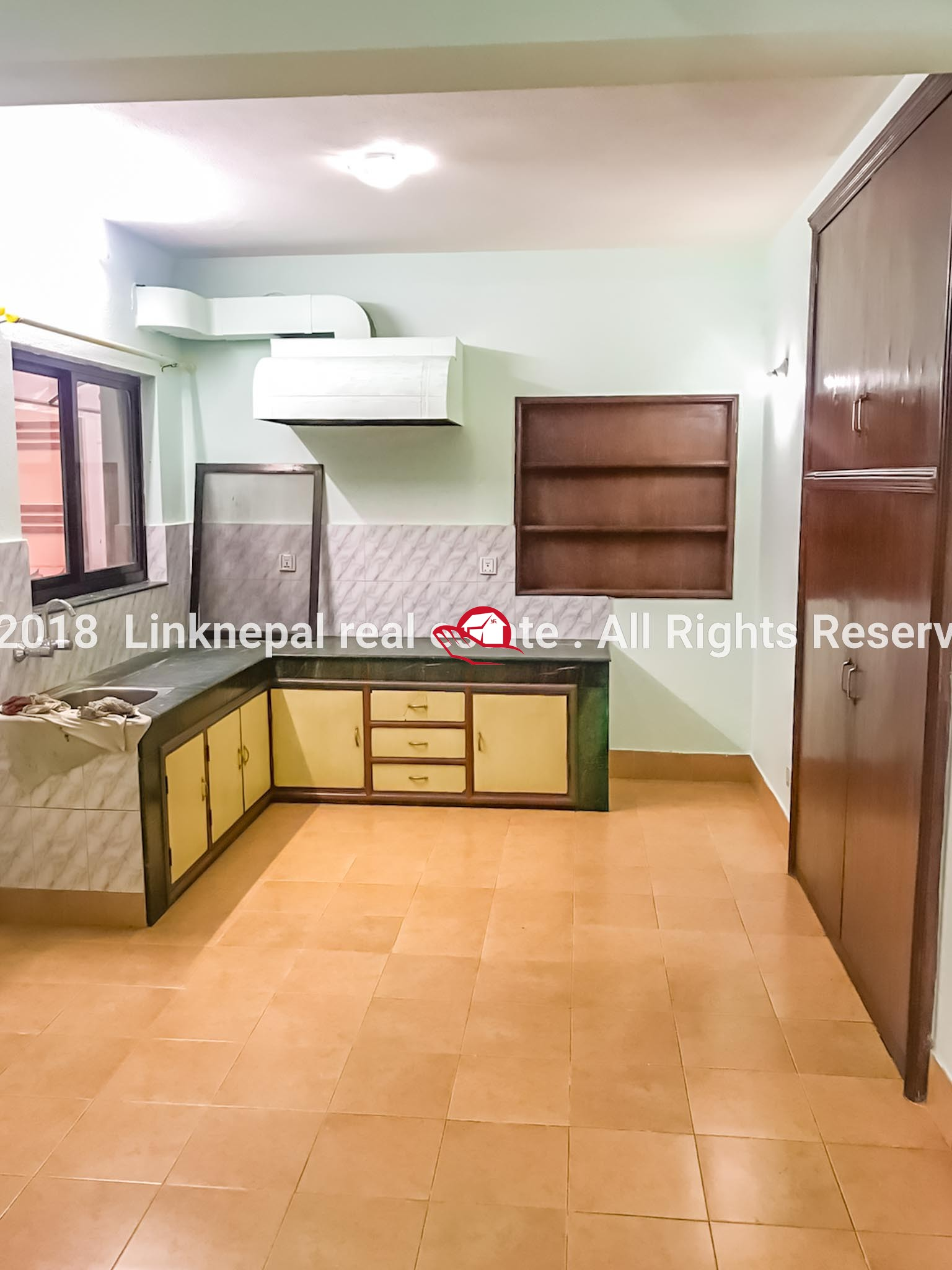 FLAT ON RENT AT CHAKRAPATH