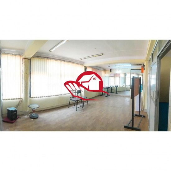 900sqft OFFICE SPACE ON RENT